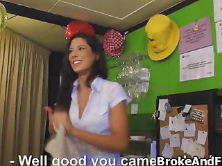 Broke Spanish Waitress Sucks For Cash