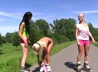 Teeny Sport _: babes flashing teens