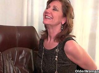 Office granny in pantyhose works her old pussy _: grannies matures milfs nylon stockings