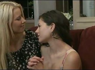 Mom likes young Girls S6 _: babes close-ups lesbians old+young