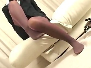 Pantyhose Footjob 2