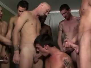 Gay fuck Justin Cox wants COCKS