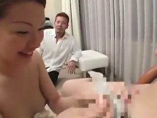 Flashing preggo babe sucking on a dick