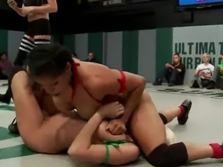 2 Brunettes And the Blonde Have Cute porn inside the Ring