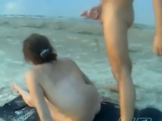 Exposed Sex on chum around with annoy nudist beach