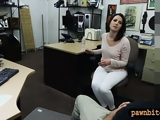 Customers wife fucked overwrought revile pawnkeeper in the backroom