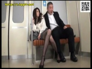 Sexy Chick is Groped & Given a Facial on the Subway