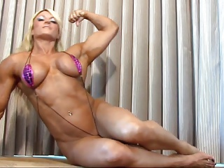 Lisa Female Bodybuilder big sexy and ripped