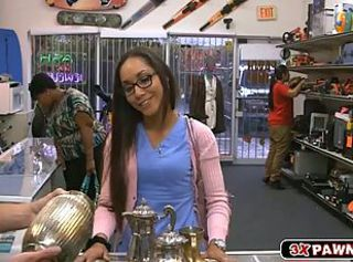 Sexy babe nailed in pawn shop for cash