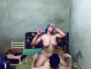 Amateur Chubby Homemade Indian Mom Riding