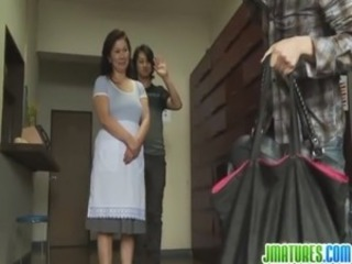 Mature Chizuru Knows How To Please Cocks free