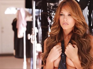 Kelly Kelly - Behind the Scenes of her 2014 Calendar Shoot