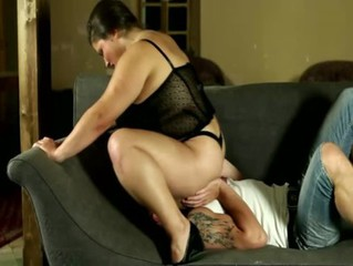 Plumper slut needs him hard painless she face sits on him
