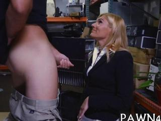 Theres nothing sexier then a milf in sexy office attire