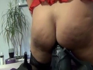 Gigantic sex toy get laid and squirting fist fucking orgasms