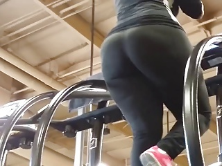 Honest Big BBW Booty at Gym