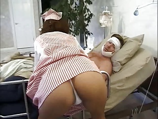 nurses second their patient mff