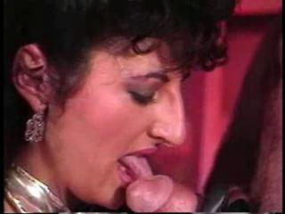 Arabian Treasure Chest - 1987 Sex Tubes