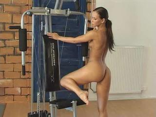 Gym Striptease Sex Tubes