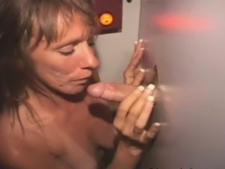 Grown up Amateur Sucking Gumshoe With an increment of Fucked Through Glory Hole