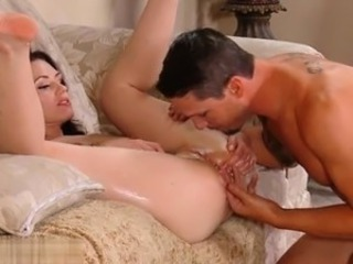 Wife orgasm squirt