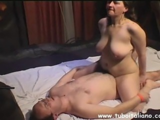 Amateur Big Tits Chubby European Homemade Italian  Natural Riding  Wife