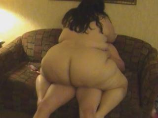 "Fat Whore Breeding"" class=""th-mov"