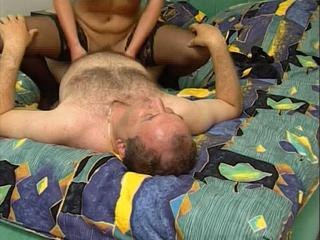 "Hot German Mature Couple Sex"" class=""th-mov"