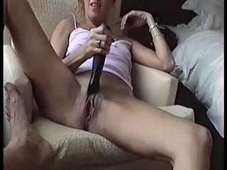 """Real Amateur hottie gets fucked hard - po ..."""" class=""""th-mov"""