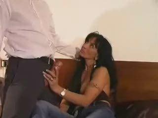 "Sexy Italian Milf In Stockings"" class=""th-mov"