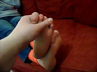 X-rated little girls feet