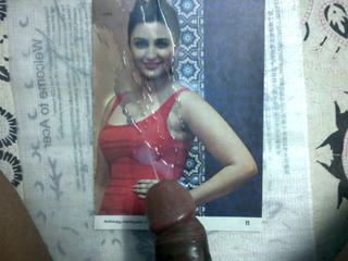 Compliment Parineeti Chopra