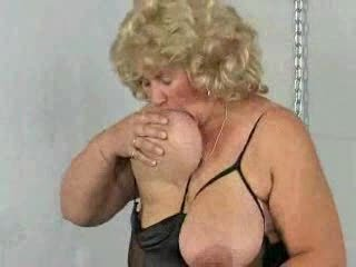 Big Tits Chubby Mature Natural Nipples