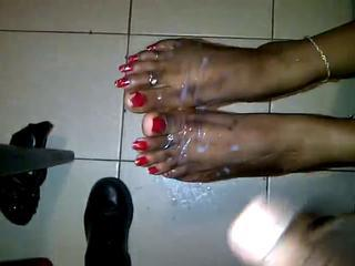 Ebony long toe nail fj