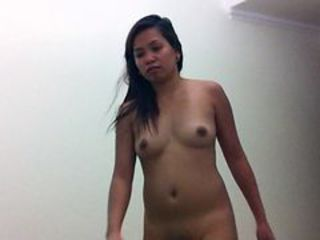 Filipina amateur sucks and cleans out ass, massive cumshot