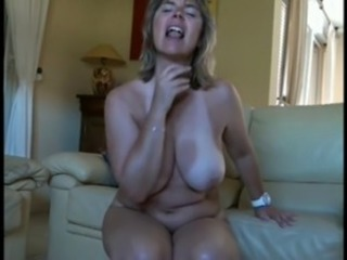 Amateur Big Tits Chubby  Mom Natural  Solo