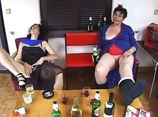 Omas im sexrausch _: amateur grannies matures milfs old+young