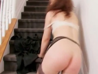 Redhead Milf Giving A Stunning Solo