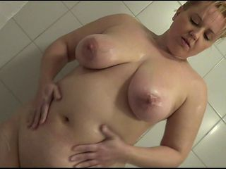 BlondSkyAngel's ShowerShow