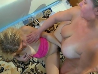 HOT! Chunky moms teach xxx her daughter