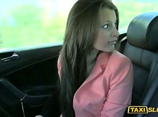 Amateur girl Liona banged inside the cab