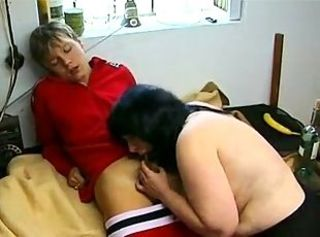 Amateur  Blowjob Mature Mom Old and Young Small cock