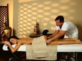 Cute client Sabrina Banks nailed by her pervert masseur