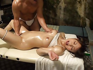 Hot Hang out in Oil Massage for Married Woman 3.2 (Censored JAV)