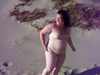Fat bbw girl on a run aground