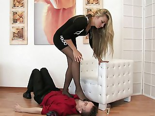 Nylon Kissing, Smelling & Trampling
