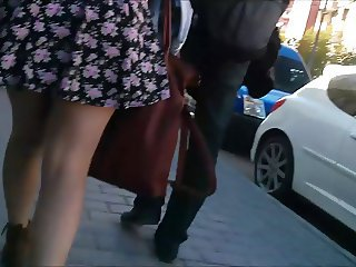 Teen unladylike with sexy skirt ( Upskirt )