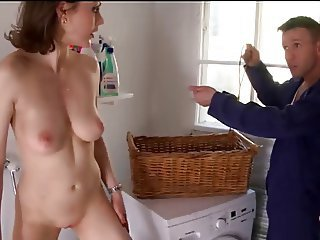 titillating housewife sucks the handyman