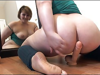 Beamy BBW White Slut Effectuation with big Dildo