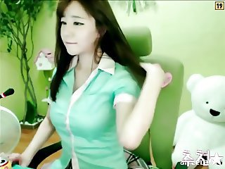 downcast Korean girl dancing
